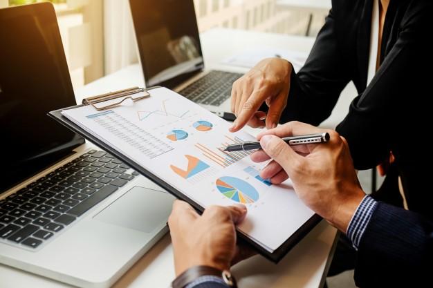Capa de As normas e os procedimentos de arquivo são importantes para o seu core business